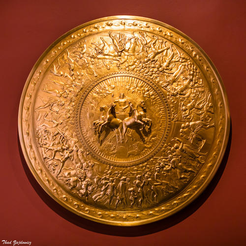 shield of achilles by auden 'the shield of achilles', based on homer's iliad refers to the shield used by achilles when he fought against hector hephaestus, the greek god of blacksmiths made the shield that represented the world of god and men in nine concentric circles.